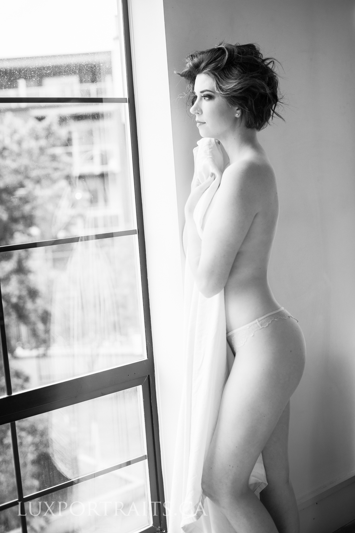 Why boudoir makes the best wedding gift lux portraiture why boudoir makes the best wedding gift lux portraiture vancouver boudoir photography negle Image collections
